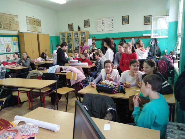 Мануфактура и еснафи, ученици шестог разреда